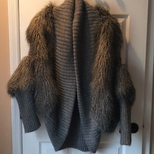 Fur Trimmed Thick grey sweater.